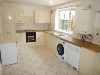Horndean Close  Roehampton  SW15