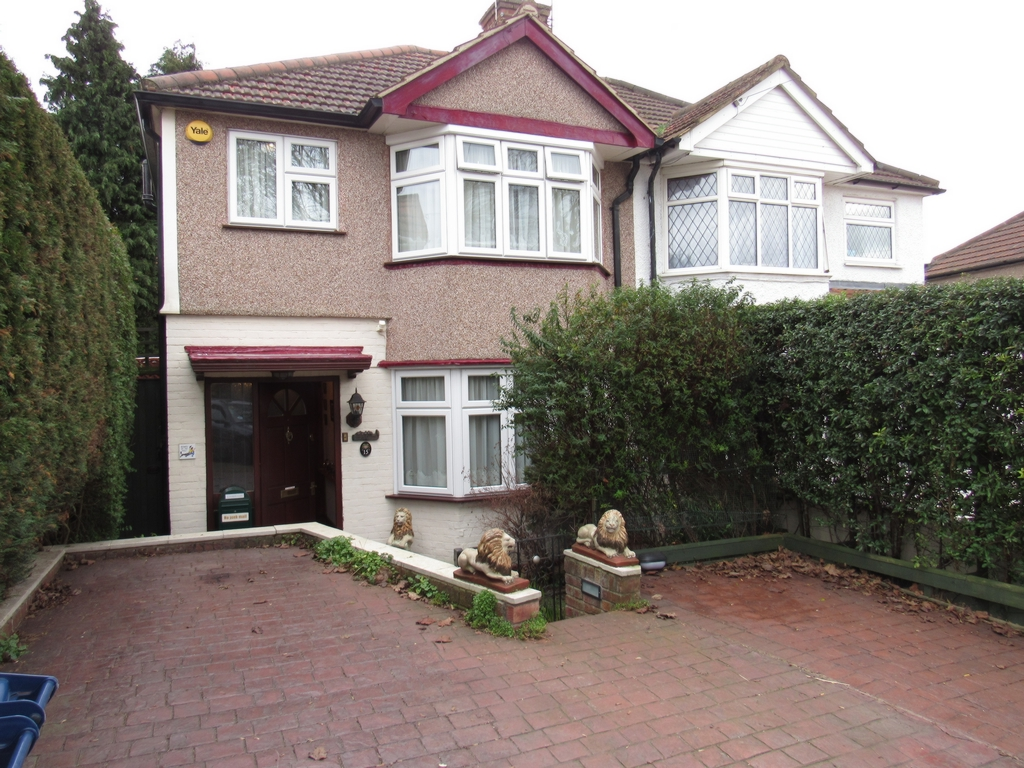 Rookery Close  Colindale  NW9