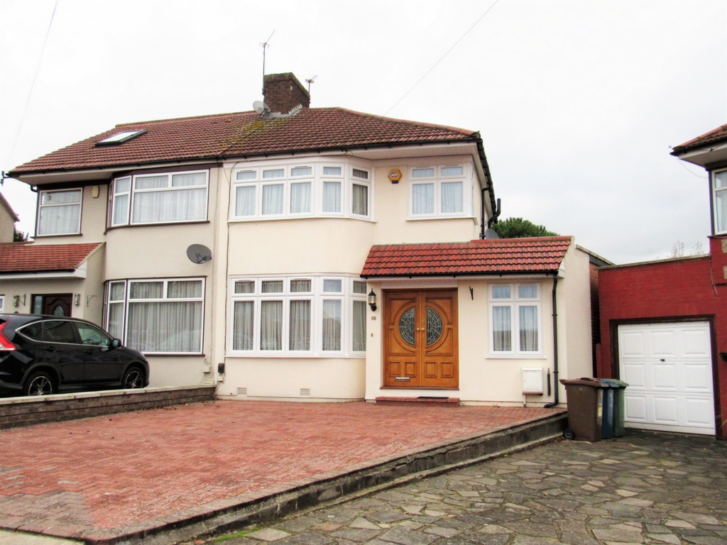 Langland Crescent  Stanmore  HA7