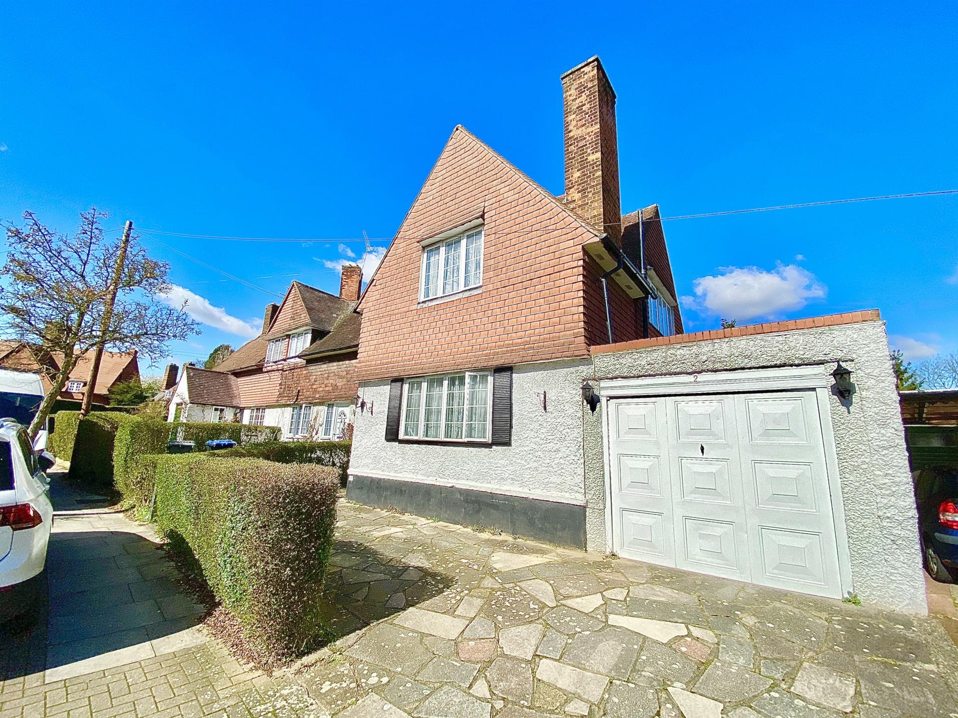 Goldsmith Lane  Kingsbury  NW9