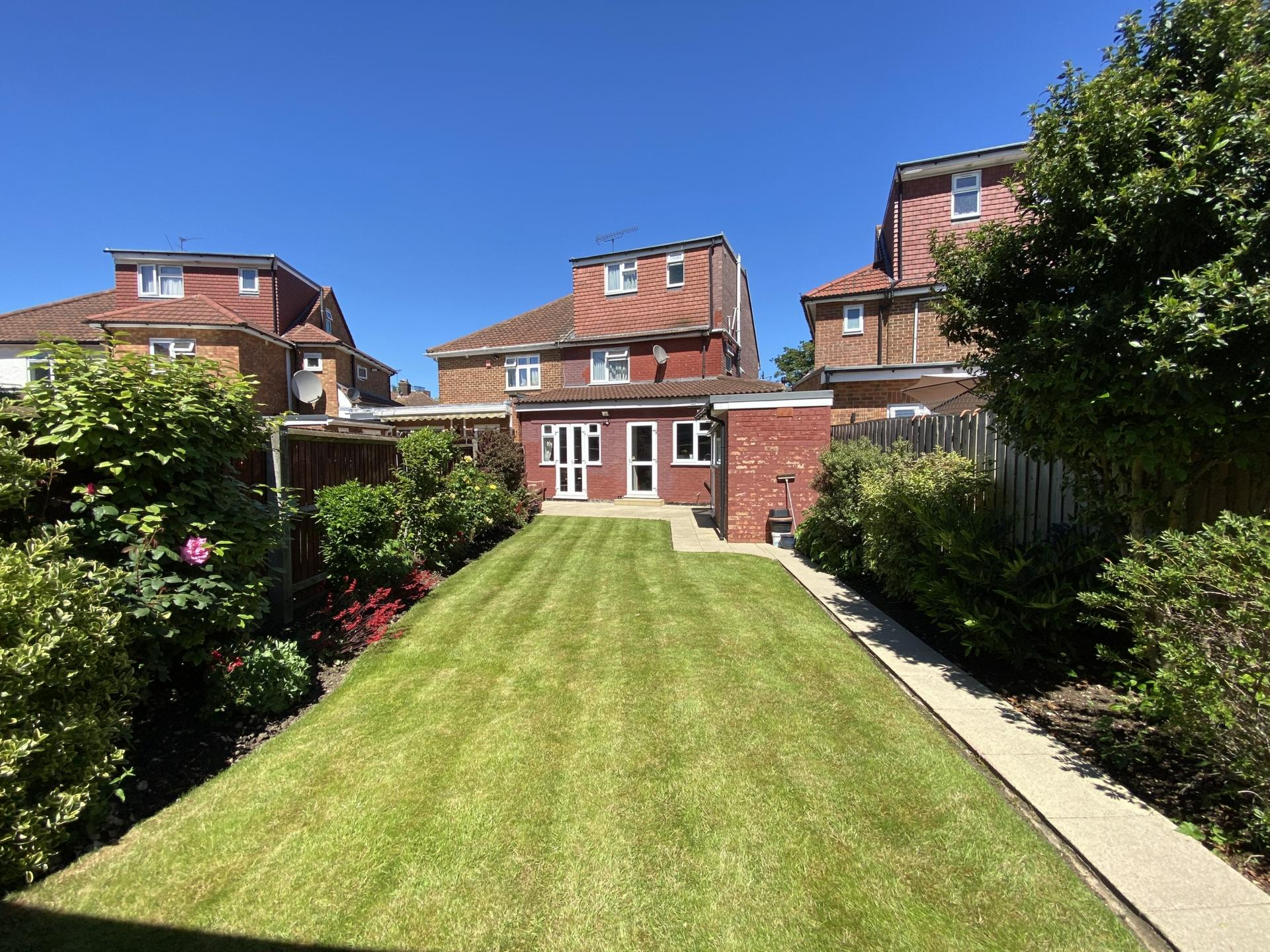 Manor Way  Colindale  NW9