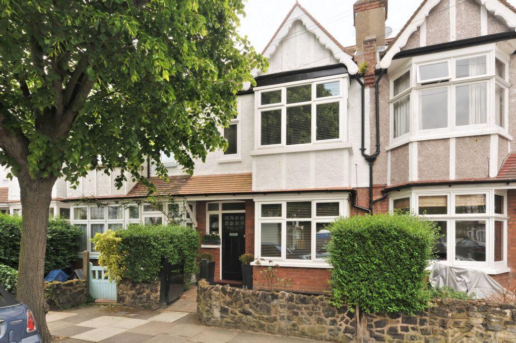 Treen Avenue  Barnes  London  SW13