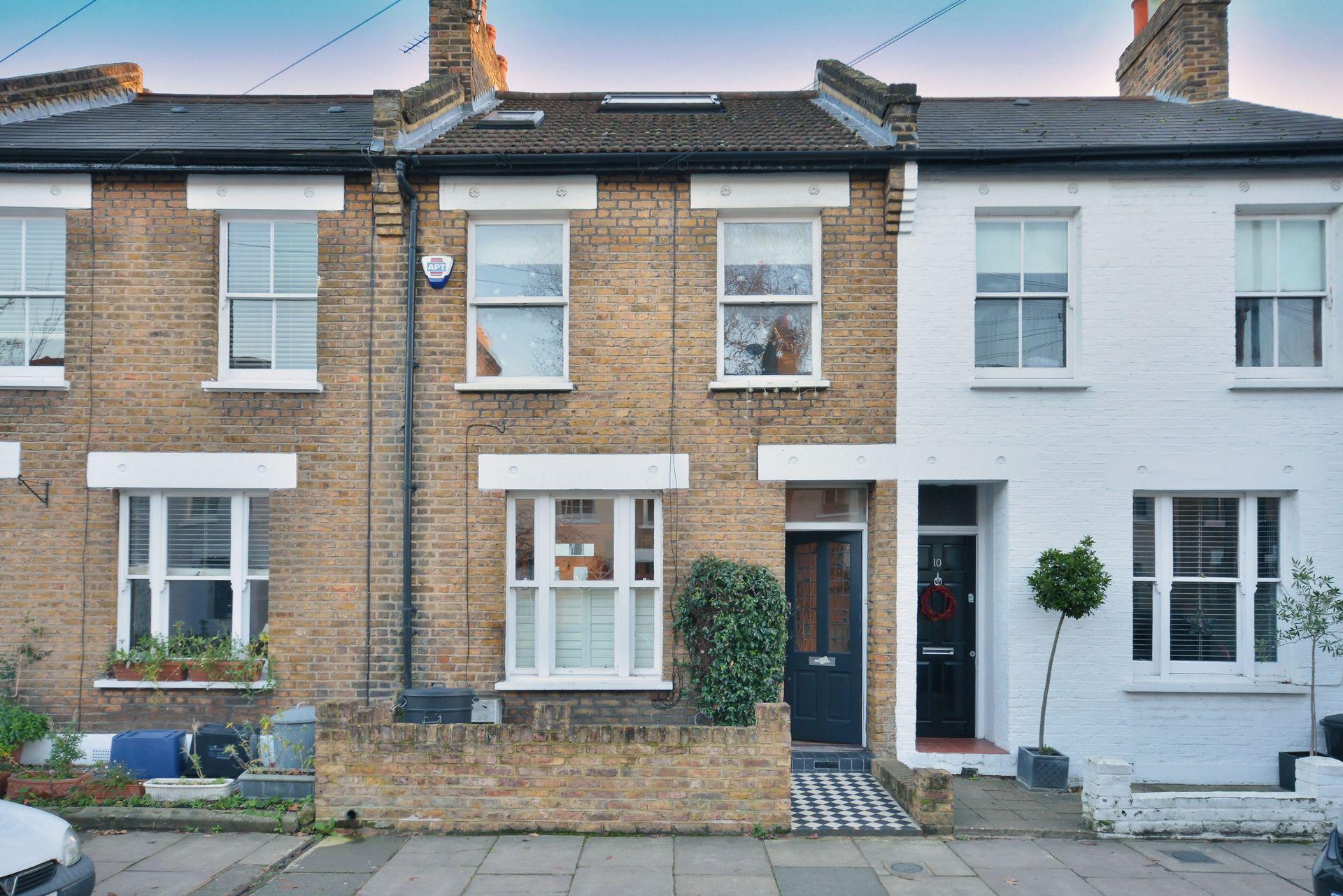 Charles Street  Barnes  London  SW13