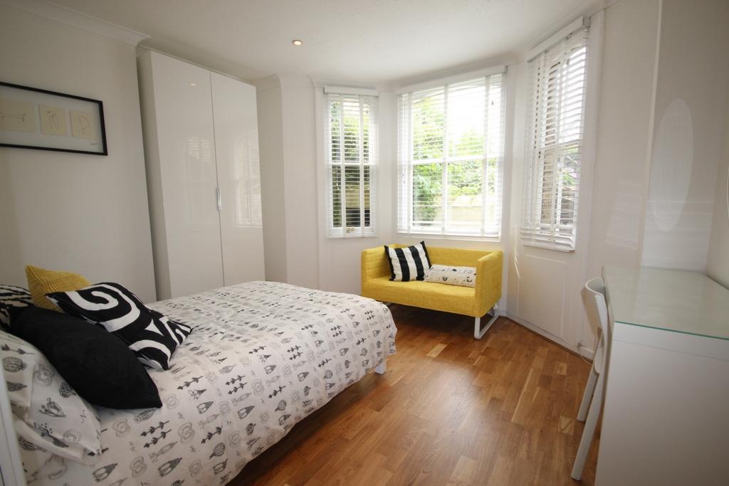 Gladstone Terrace  Brighton  BN2
