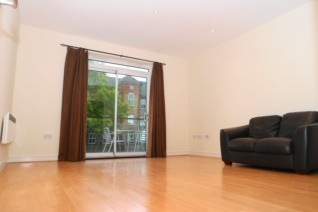Highfield Close  Hither Green  SE13