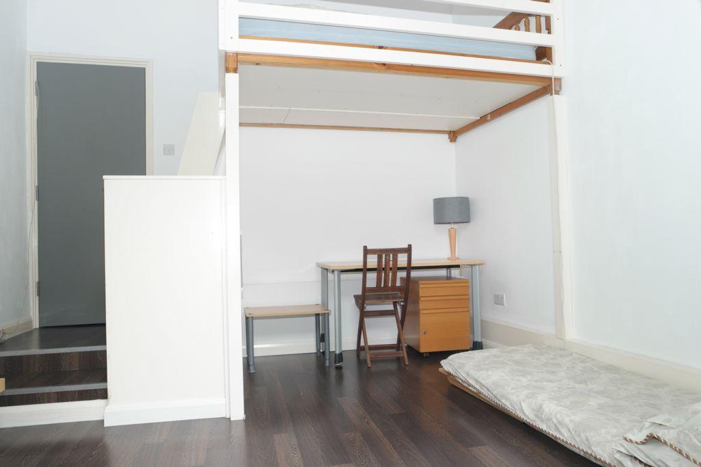 Living Room/Bedroom 2