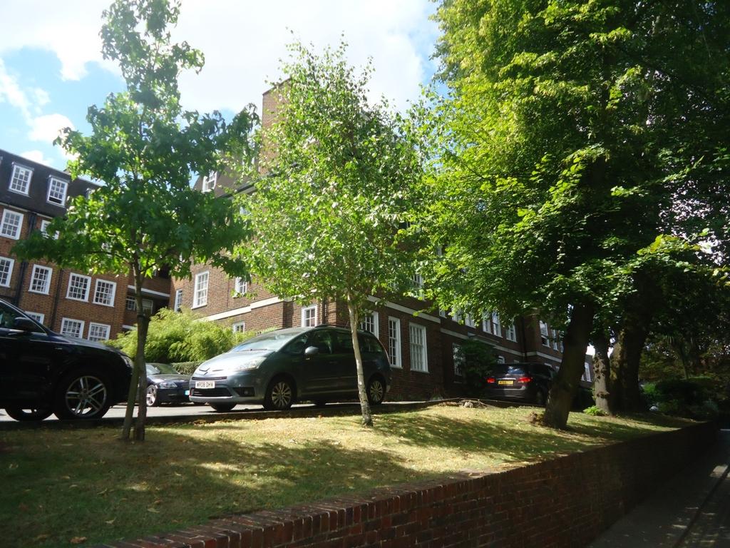 Prince Arthur Road  Hmapstead  NW3