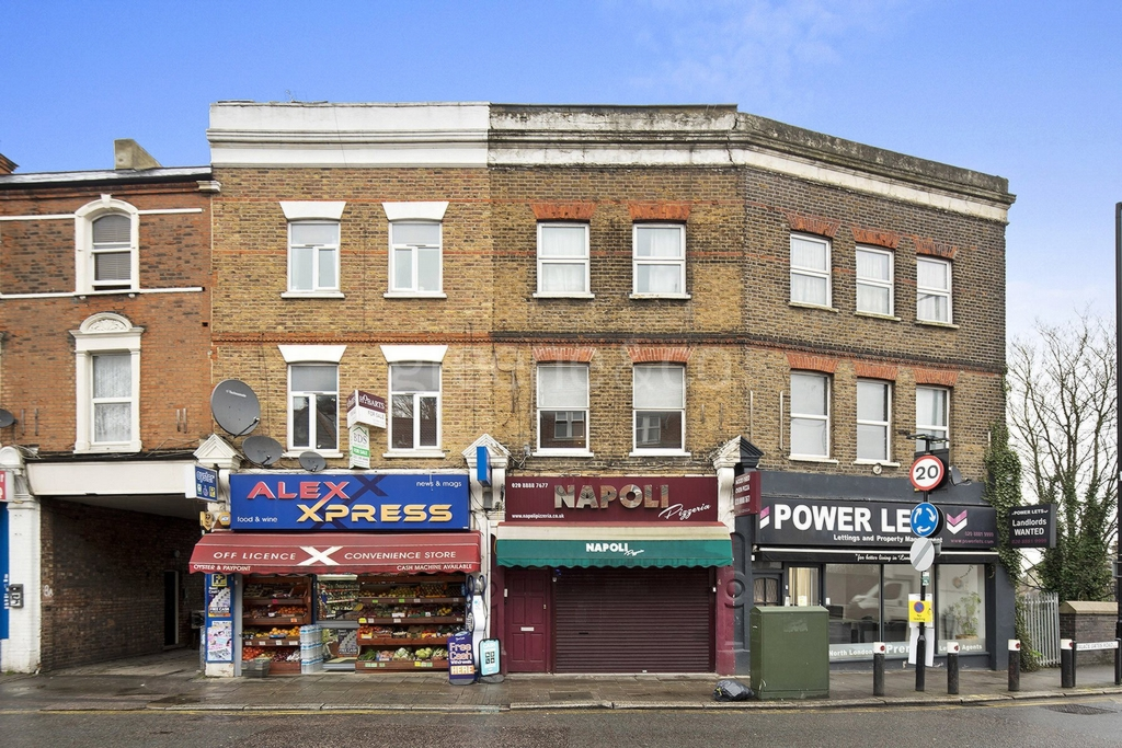 Palace Gates Road  London  N22