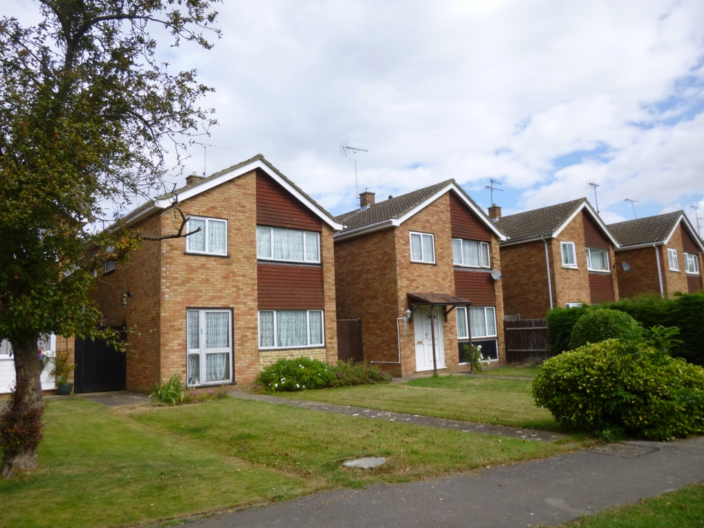 Woodman Close  Leighton Buzzard  LU7