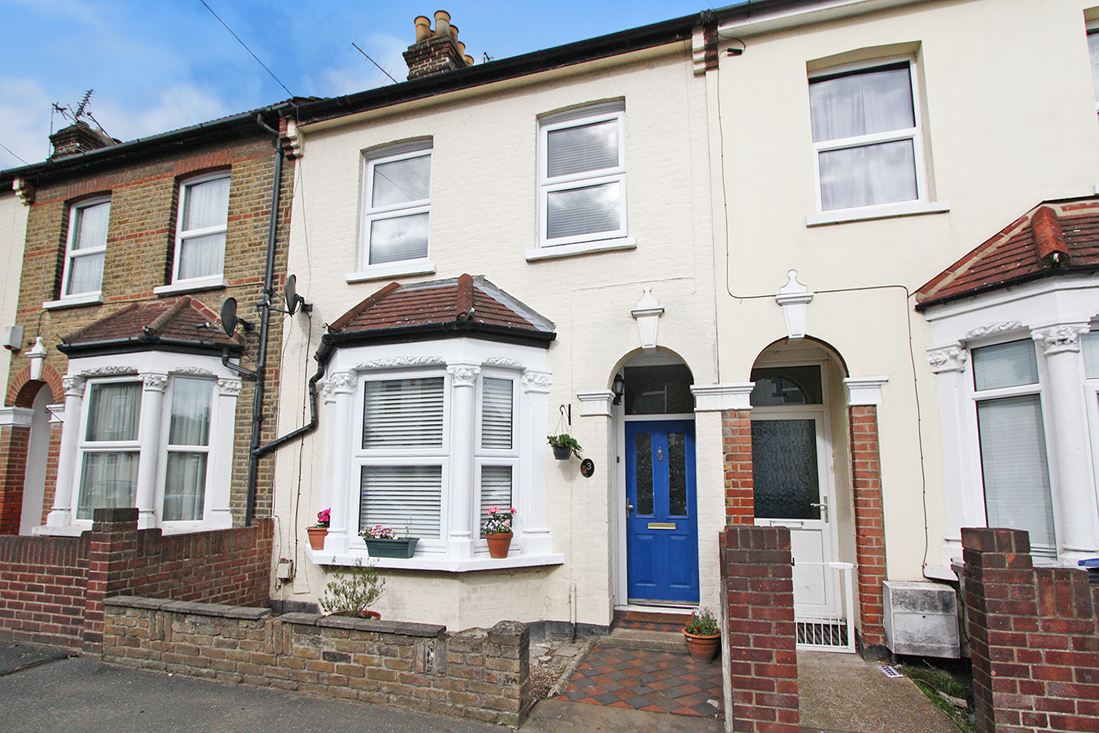 External, Plantation Road, Erith, DA8