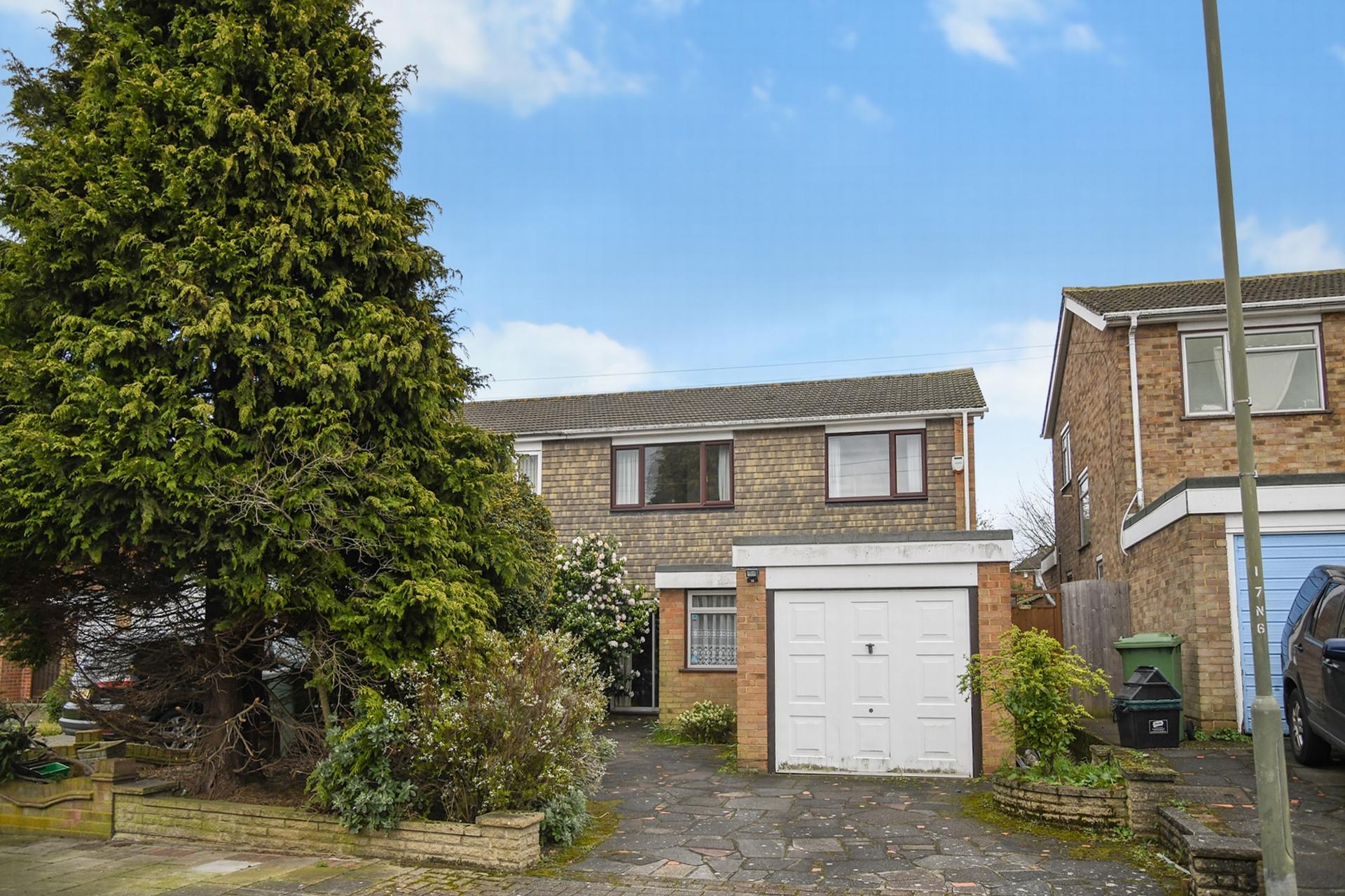 External, Nicolson Road, Orpington, BR5