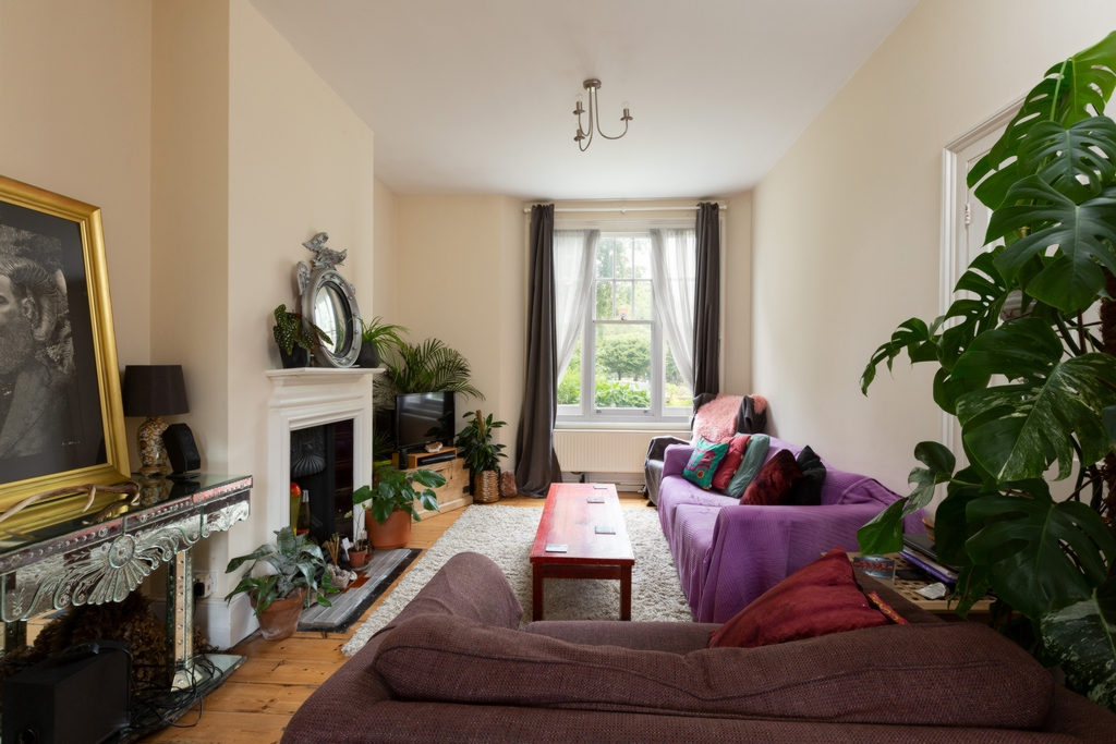 Property For Sale Piermont Green London Se22 2 Bedroom House