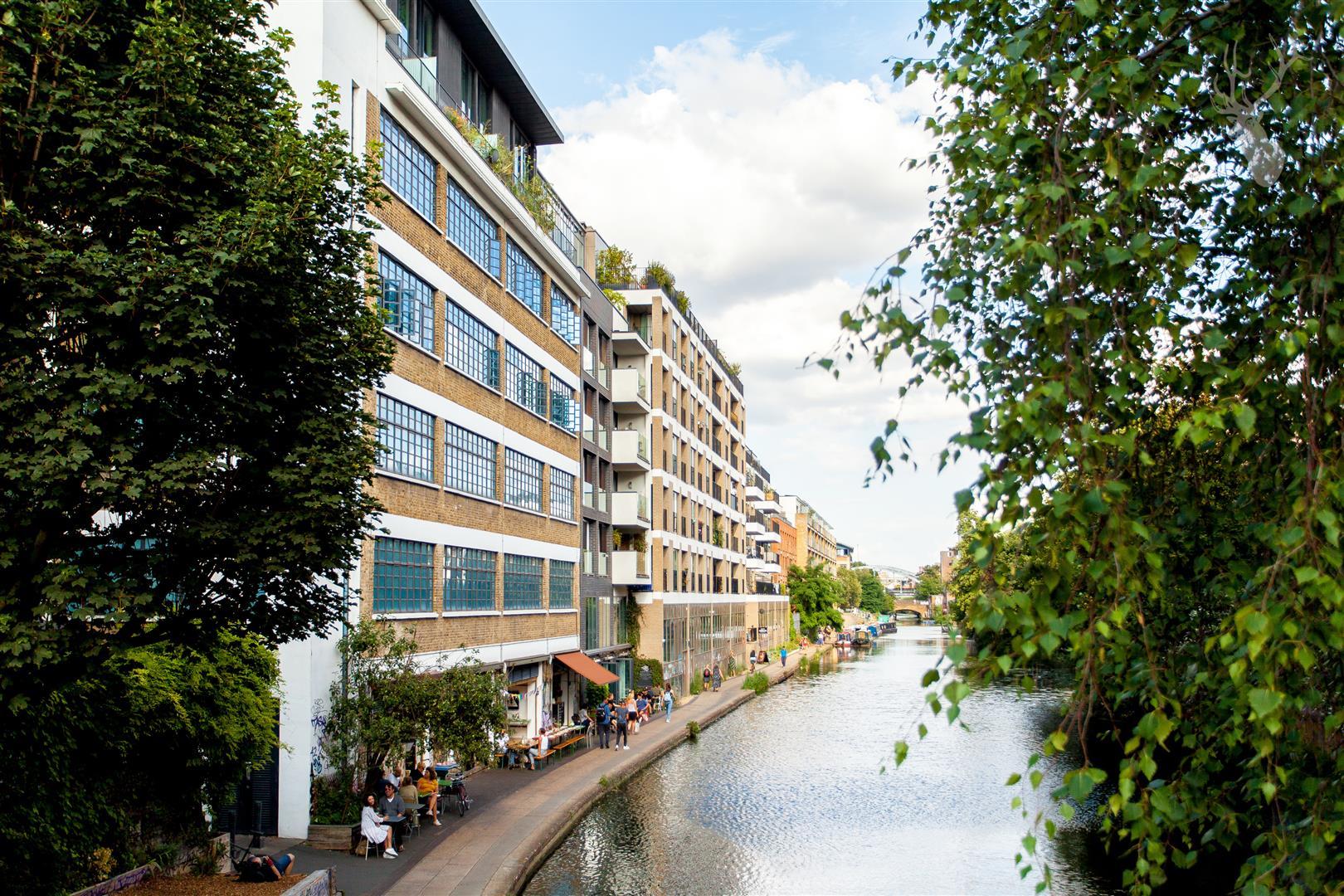 Flat 23 Grand Canal Apartments (1).jpg