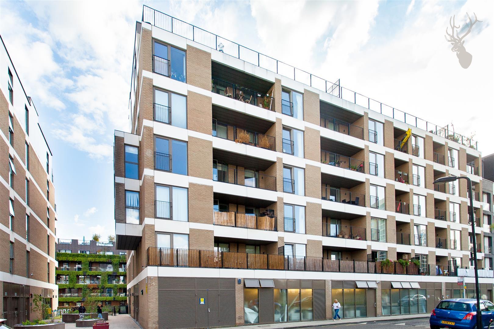 Flat 23 Grand Canal Apartments (2).jpg