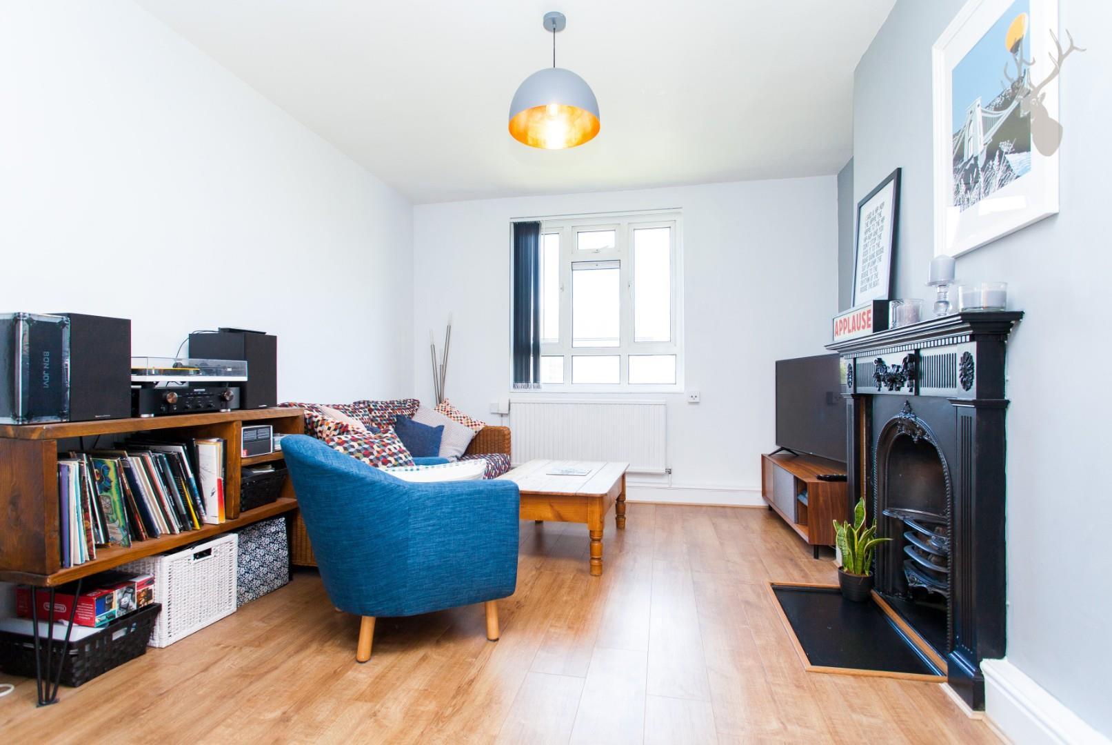 Paris House (3).jpg
