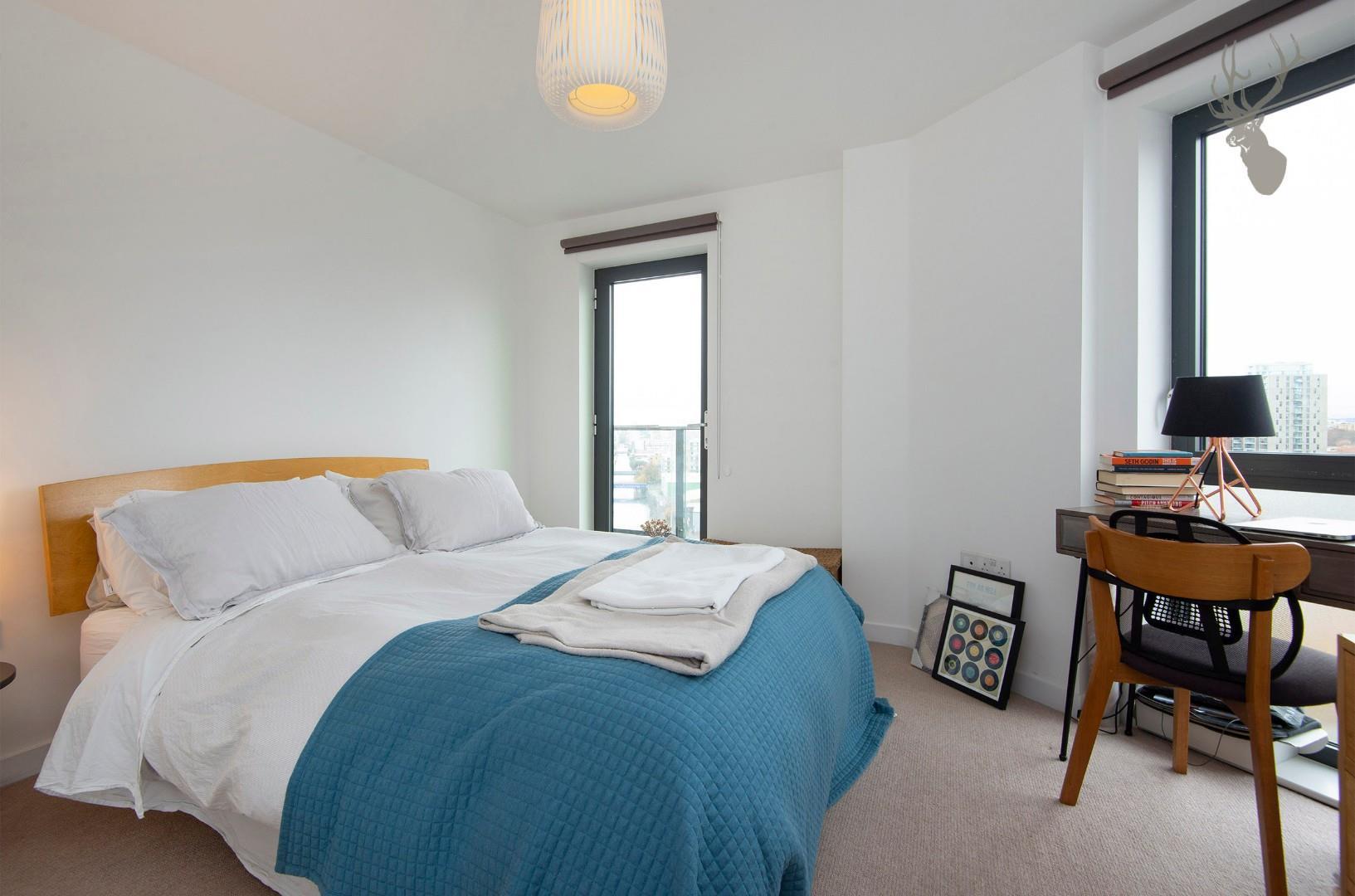 57 Yeoman Court E14 BEDROOM 1 img 1.jpg