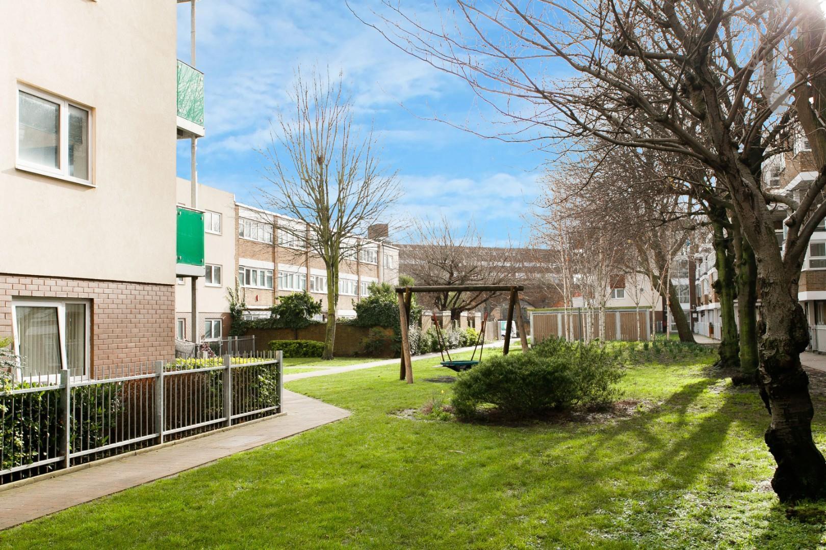 Fairway Court (17).jpg