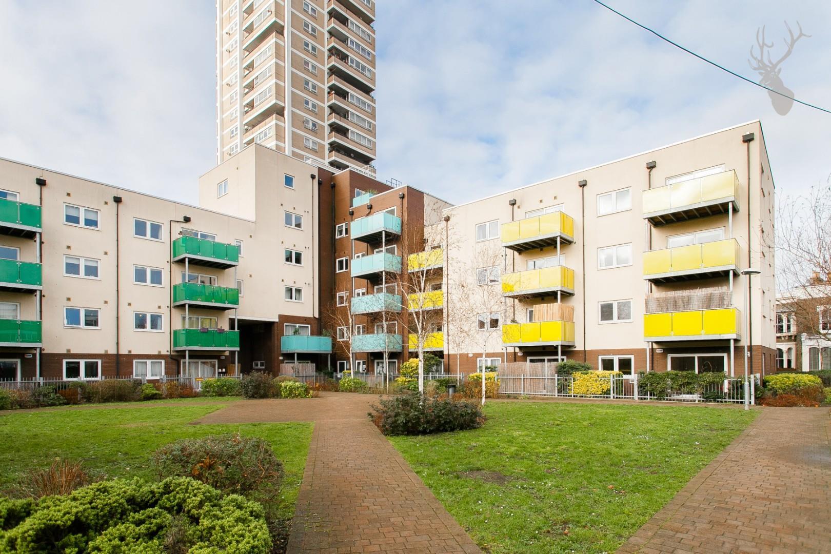 Fairway Court (2).jpg