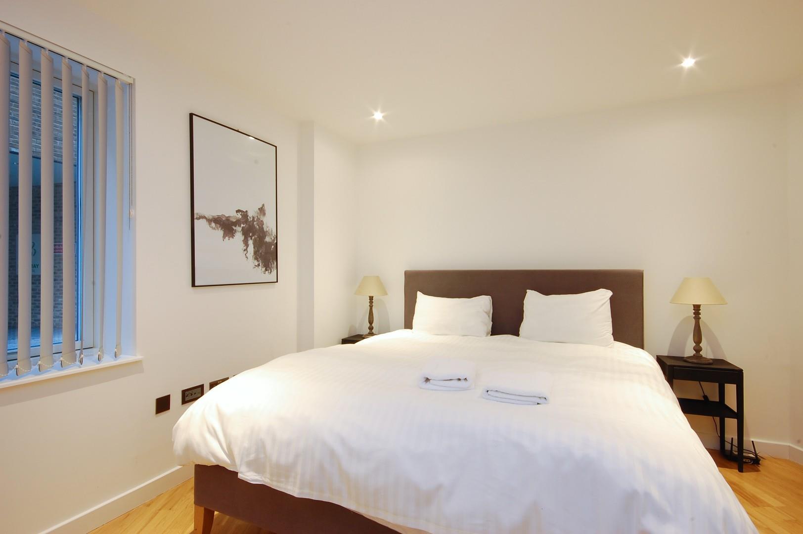 Godfrey-Bedroom 4d.jpg
