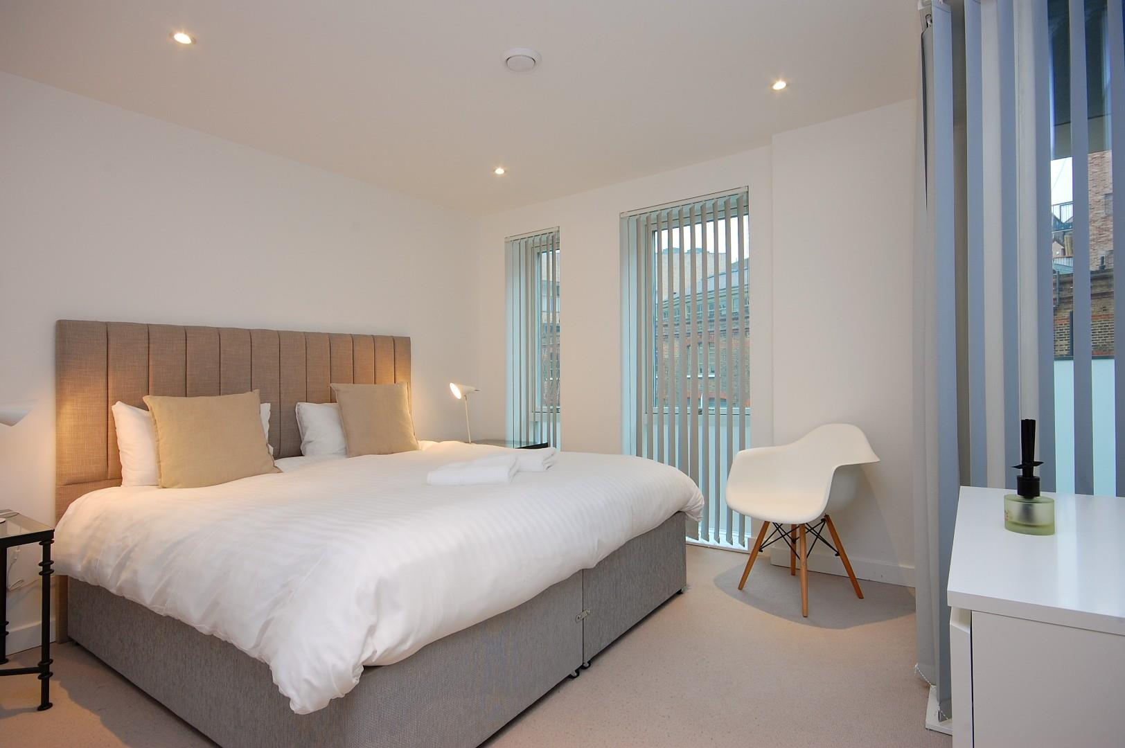 Godfrey-Bedroom 3d.jpg