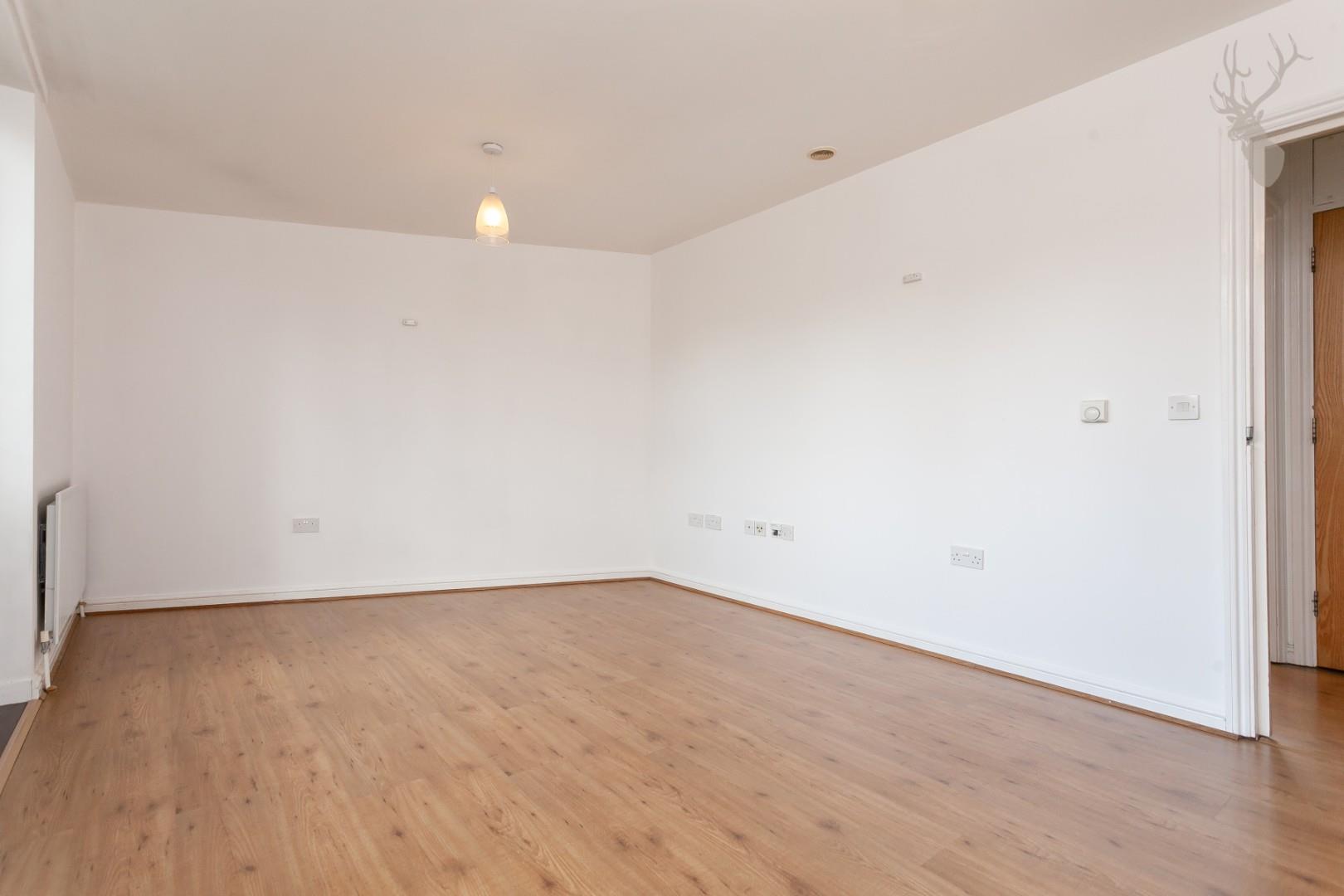 Ducketts Apartments (4).jpg