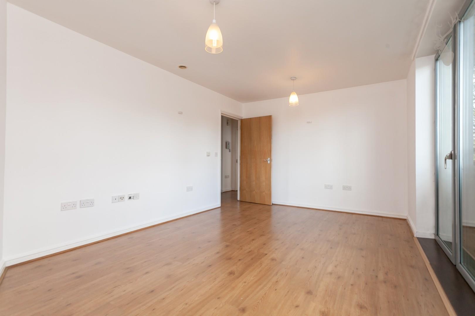 Ducketts Apartments (5).jpg