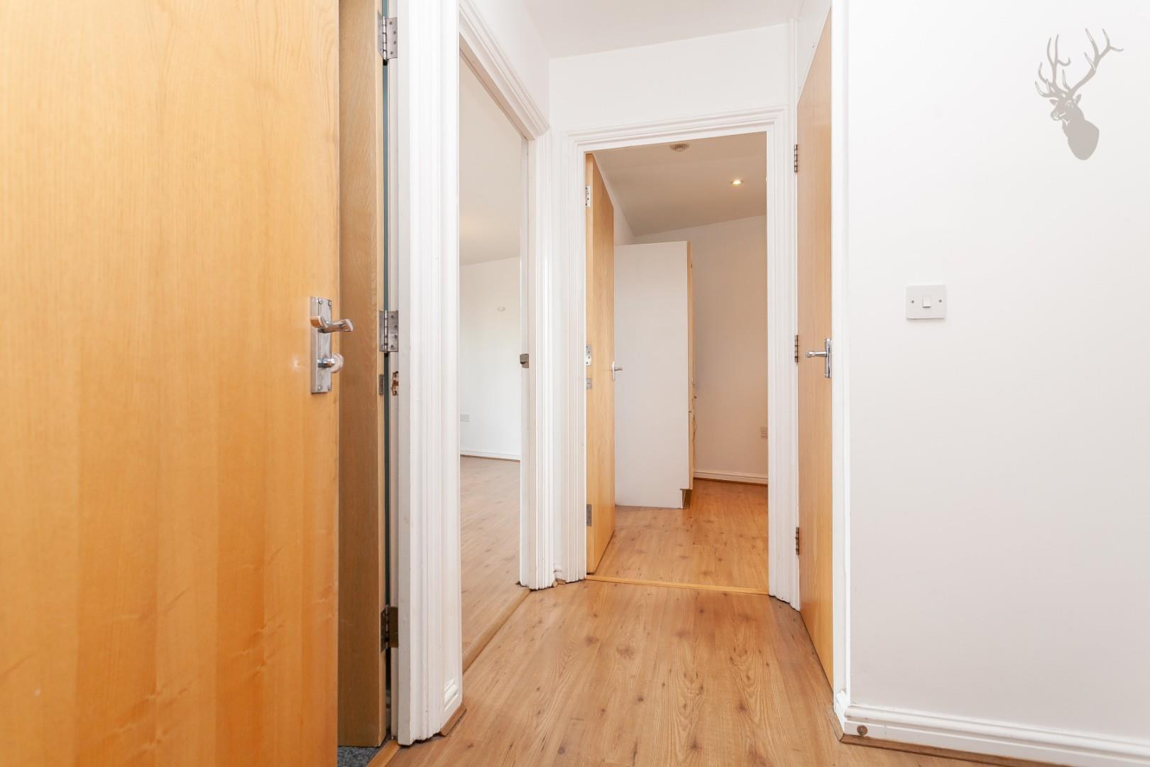 Ducketts Apartments (13).jpg