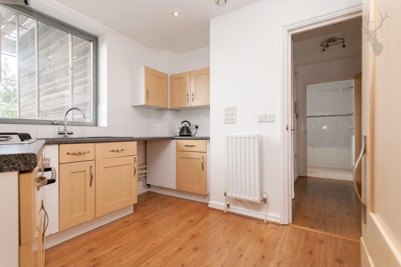 Ducketts Apartments (8).jpg
