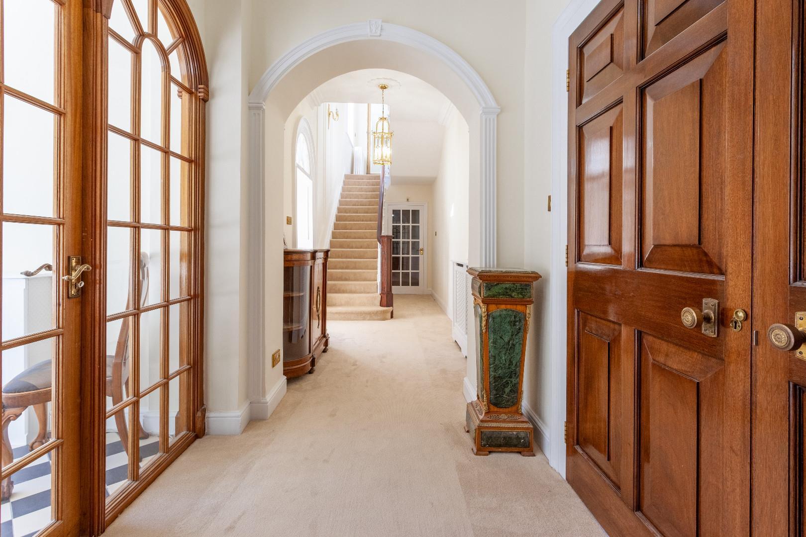 Hallway i (1 of 1).jpg