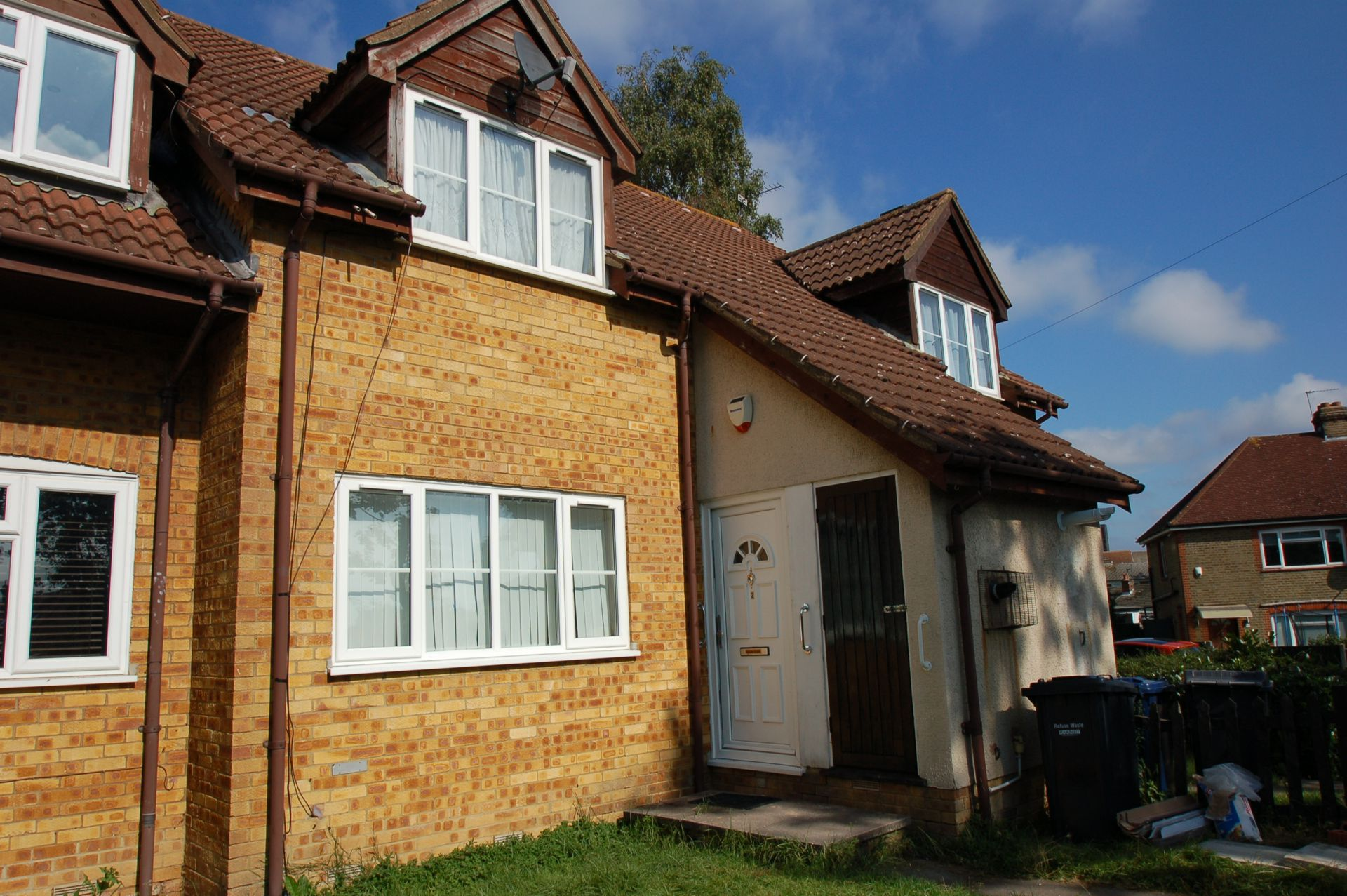 Photo 1, Pendragon Walk, Colindale, NW9