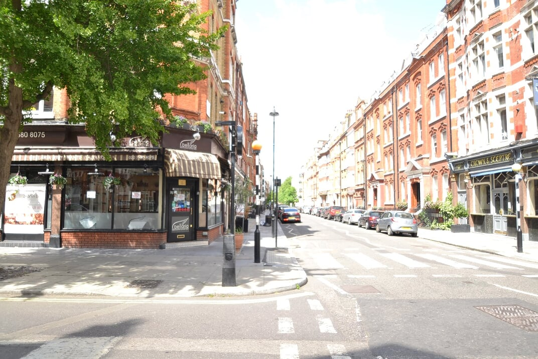 Great Titchfield Street  Regents Park - Great Portland Street  W1W
