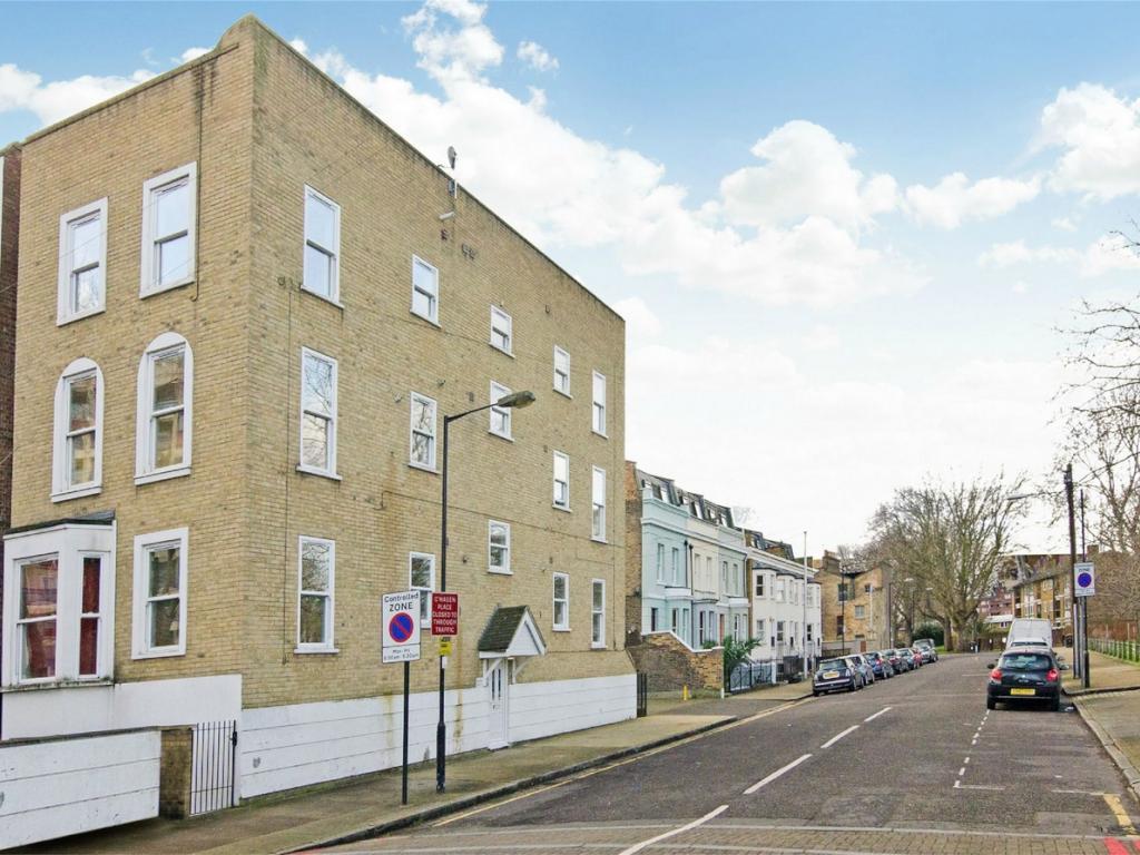 Agnes Road  Poplar - Docklands  E14