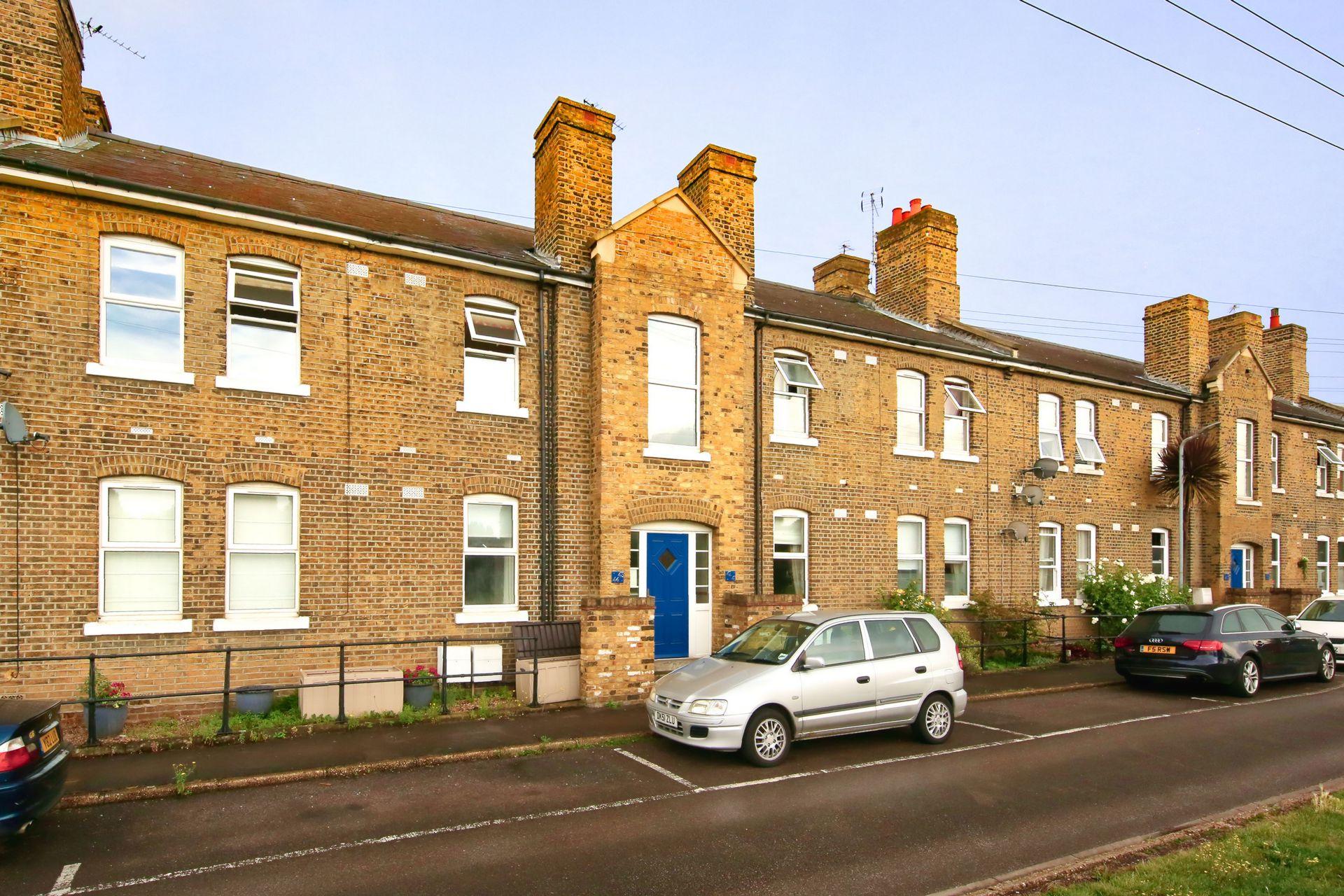 Heathfield Square  Wandsworth  SW18