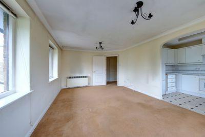 Broomhill Road  Wandsworth  SW18