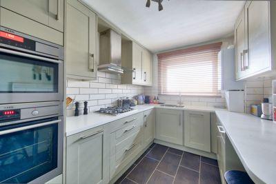 Garrick Close  Wandsworth  SW18