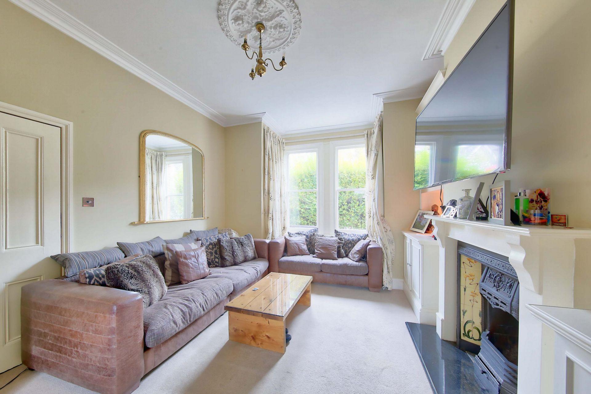 Skelbrook Street  Earlsfield  SW18