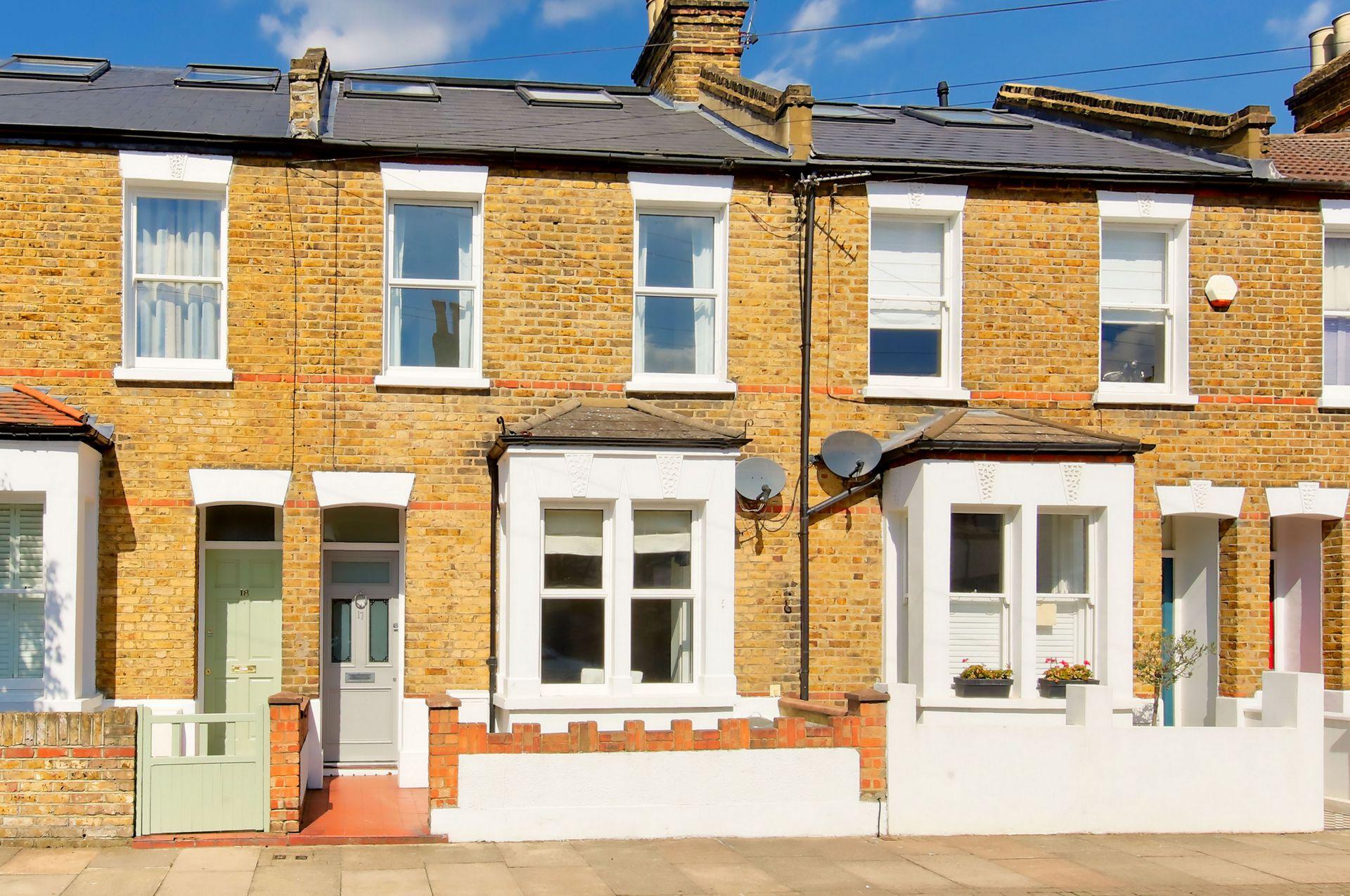 Huntspill Street  London  SW17