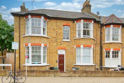 Marcus Terrace  London  SW18