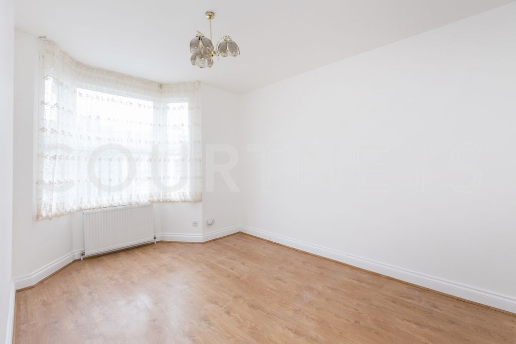Alfearn Road  London  E5