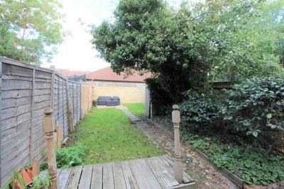 Amberley Grove  East Croydon  CR0