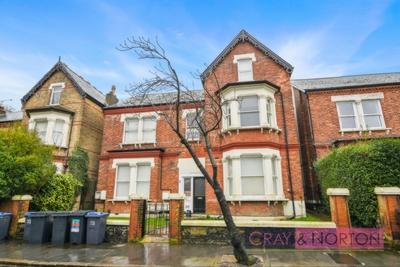 Photo 1, Birdhurst Road, South Croydon, CR2