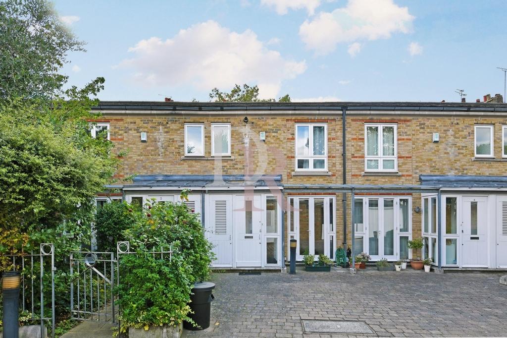 Doves Yard  Barnsbury  N1