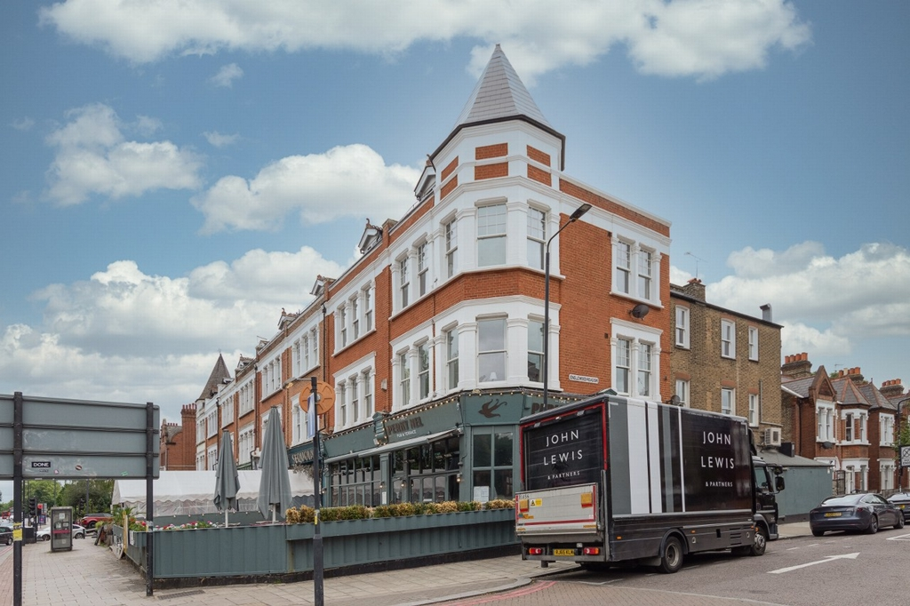 Cavendish Parade  Clapham Common South Side  SW4