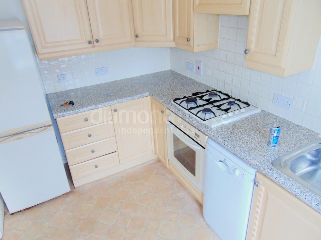 Kitchen (1) -