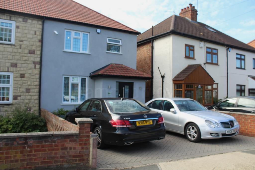 Cranford Lane  Hounslow  TW5