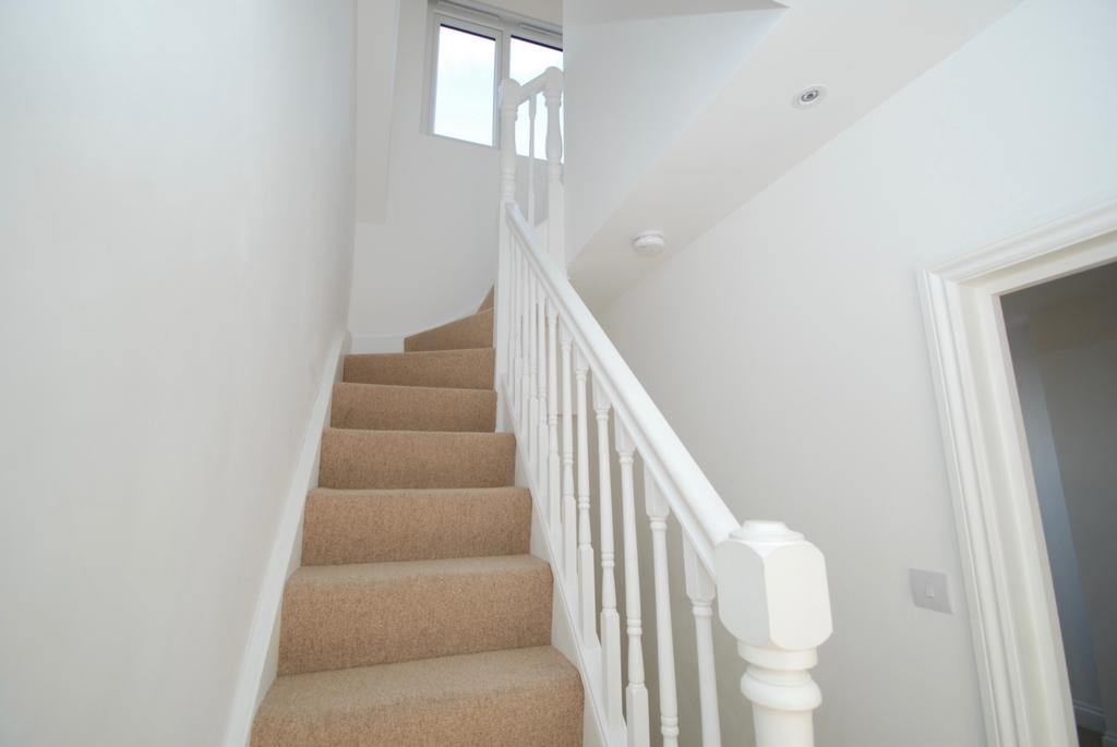 Property To Rent Jessamine Road Hanwell W7 2 Bedroom