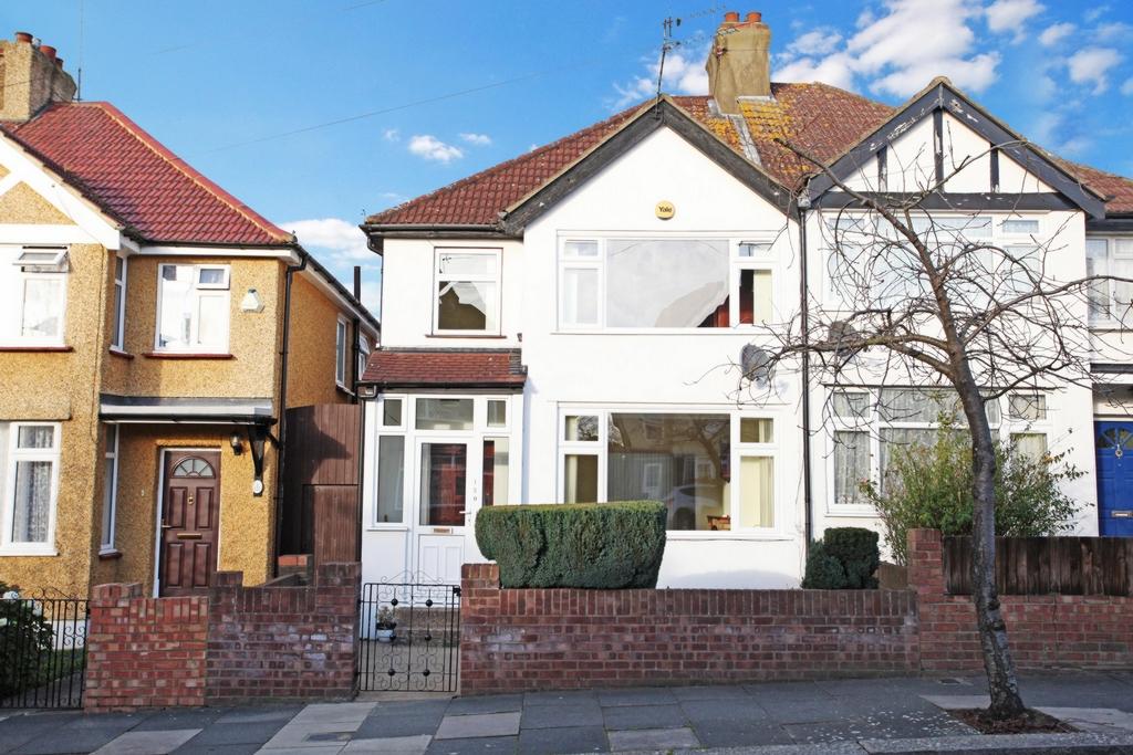 Beresford Avenue  Hanwell  W7