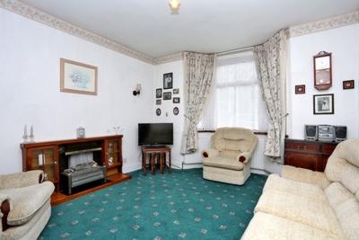 Studley Grange Road  Hanwell  W7