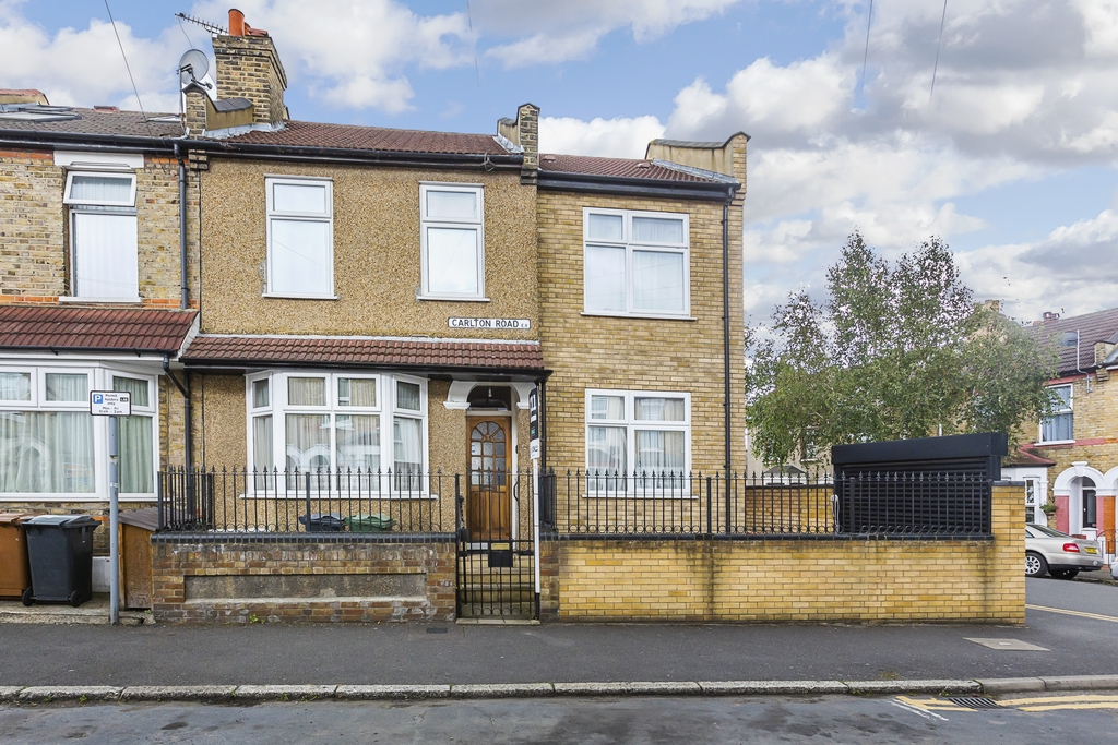 Carlton Road  Bushwood Area  London  E11