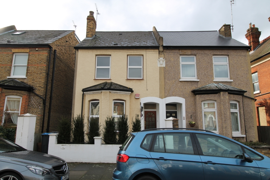 Glenthorne Road  Kingston Upon Thames  KT1